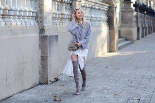 Im Herbst und Winter besonders angesagt: ein Lagen-Look in sanften Farbtönen