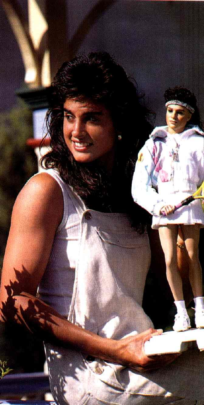gabriela sabatini sweat - photo #23