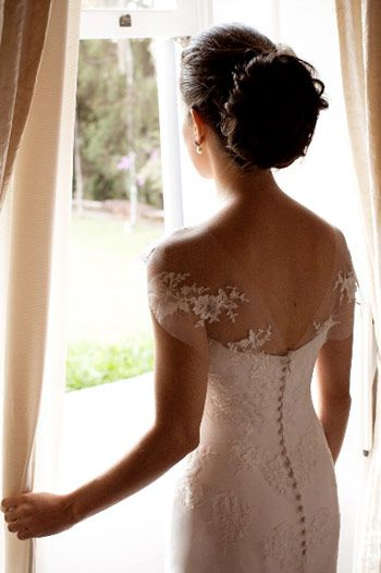Love these delicate lacy sleeves and button back! Gorgeous.