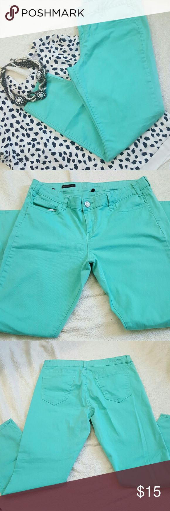 Kut from The Kloth | Mint Jeans 5 pocket jeans  Ankle Jeans  Skinny  Gently worn and unfortunately don't fit me any longer Such a fun color Kut from the Kloth Jeans Skinny