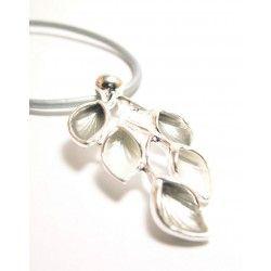 #Collar de #colgante de #cuero con forma de ramillete gris - #moda y muchas #compras en BDM - NUEVA WEB!!