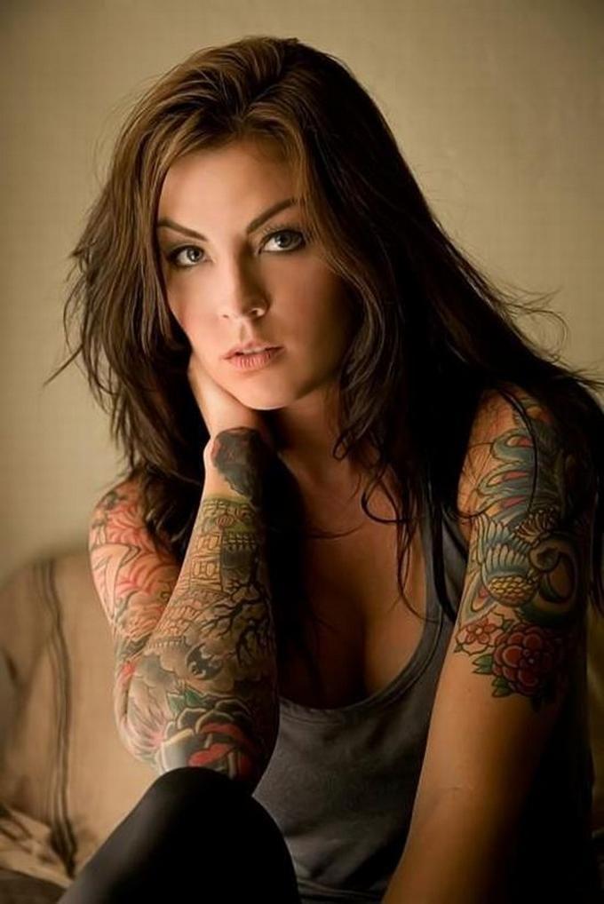 Красивые девушки фото с татуировкой, жесткий лесби секс видео онлайн