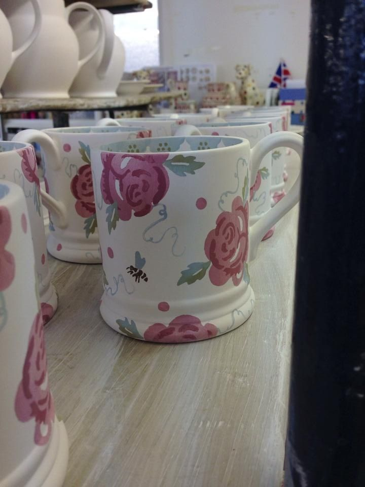 Emma Bridgewater Rose Amp Bee 0 5 Pint Mugs New For Spring