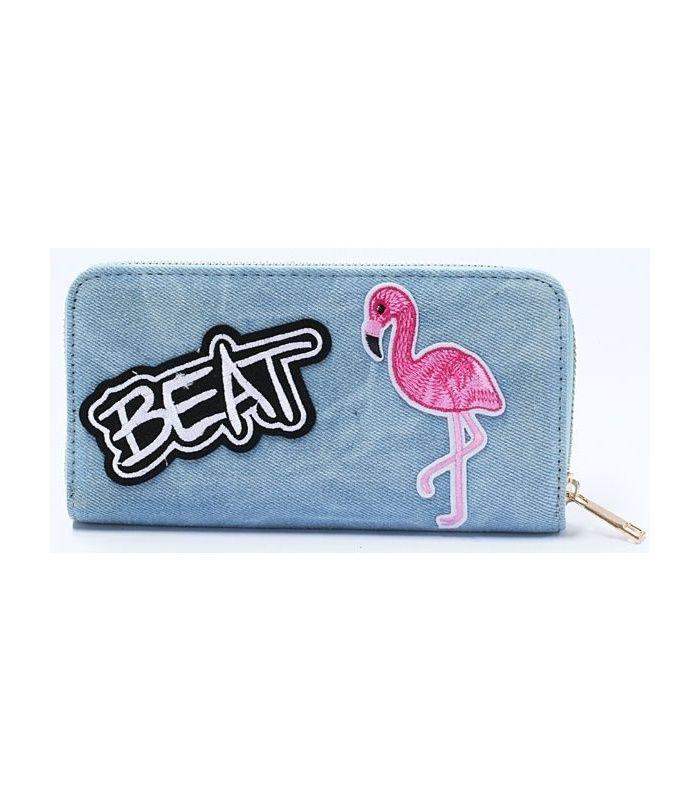 Hippe denim portemonnee met flamingo patch | 12 vakjes voor creditcard, 3 grote vakken voor briefgeld en 1 vak met rits voor kleingeld | Afmeting van de portemonnee is 19 bij 10 cm.