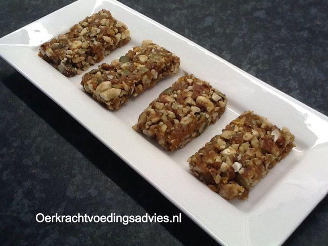 Heerlijke fruit en noten reep   Oerkracht - Paleo, Puur & meer