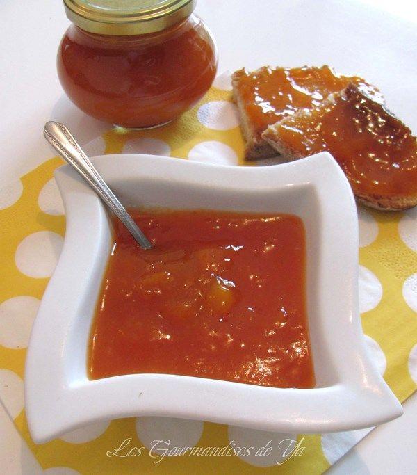 Confiture abricot, pêche et mangue