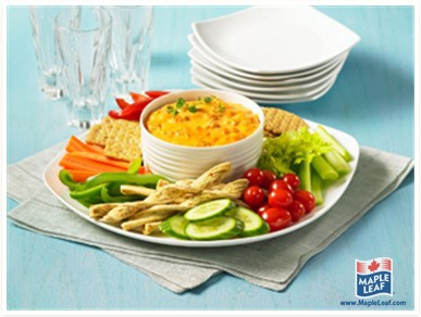 Buffalo Chicken Dip from www.MapleLeaf.com