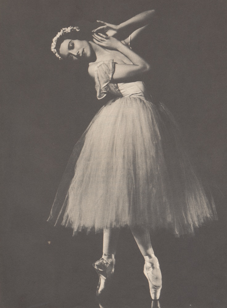 #retroscan - a vintage ballet photography book of the 1940s