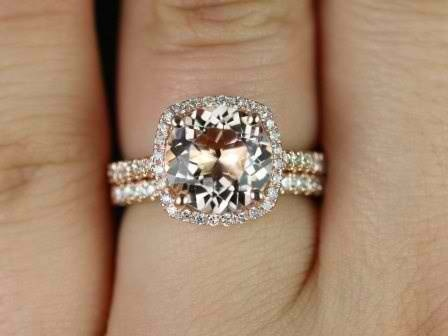Now I could get down with this! LOVE the idea of a soft yellow or rose gold ring. Why does everyone always want silver or white gold now anyway?