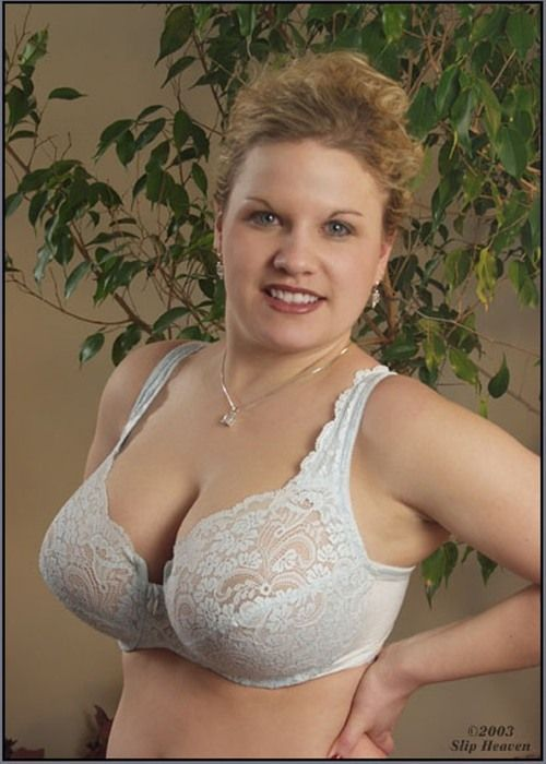 Mature boobs in bras