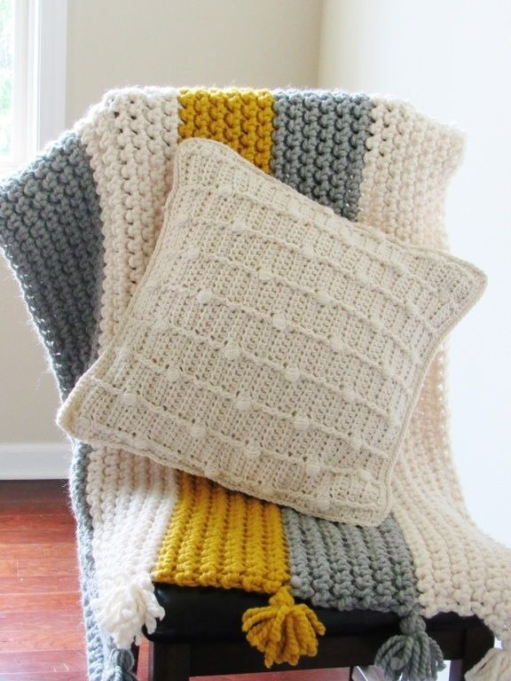 Free Textured Crochet Pillow Pattern with Bobbles | pillow cushion ...
