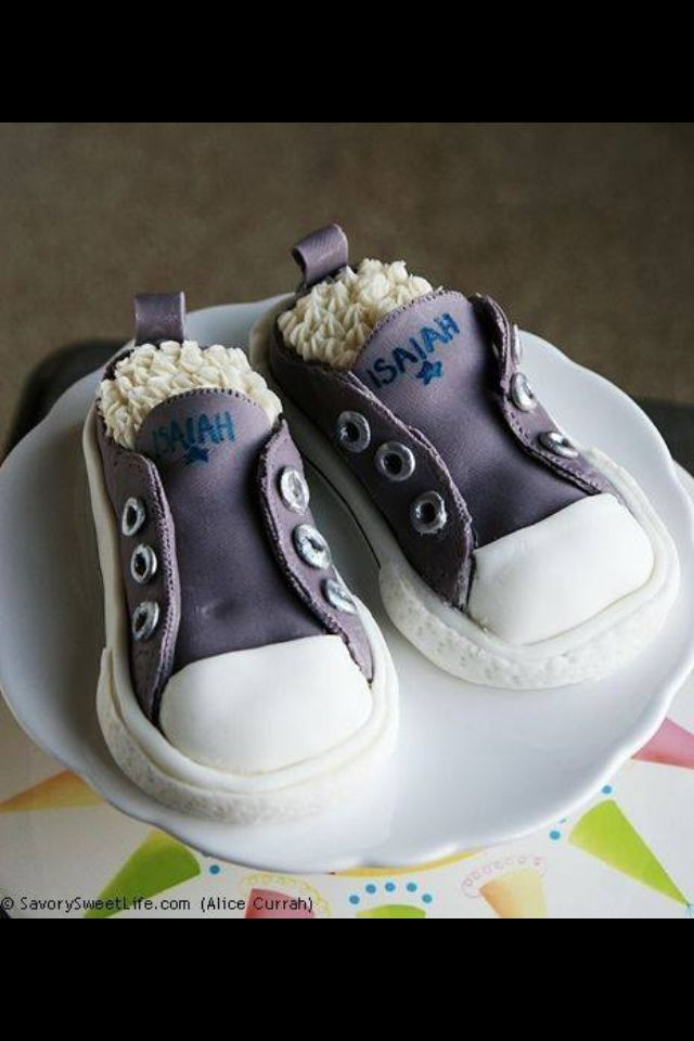54 best images about Baby shoes made from Fondent on ...