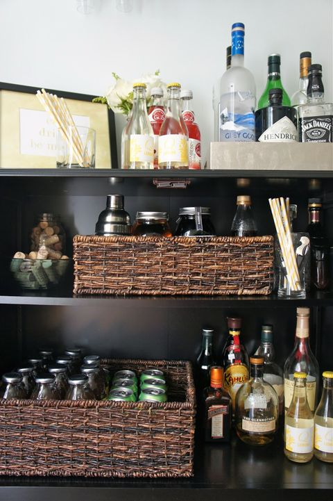 Somehow, the nice baskets make the shelves look even better. (IHeart Organizing)