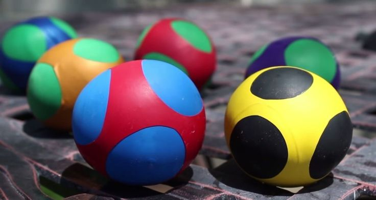 These ninja balls are fully customizable, mashable and perfect for juggling. The best part is that you can make them at home almost for free. In this project we'll turn some flour and a bag of party balloons into a colorful bath of superhero themed stress balls. #diy
