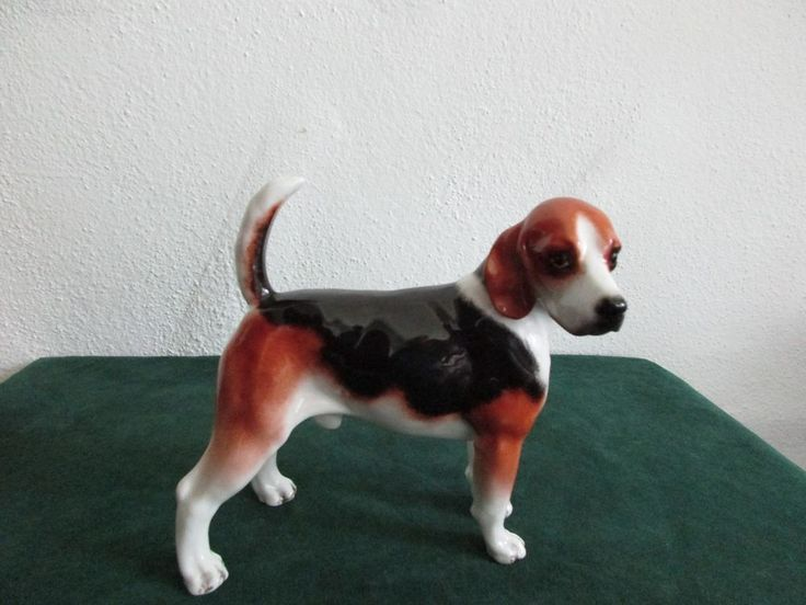 Large Boehm Porcelain Figurine of Standing Beagle Hound Dog