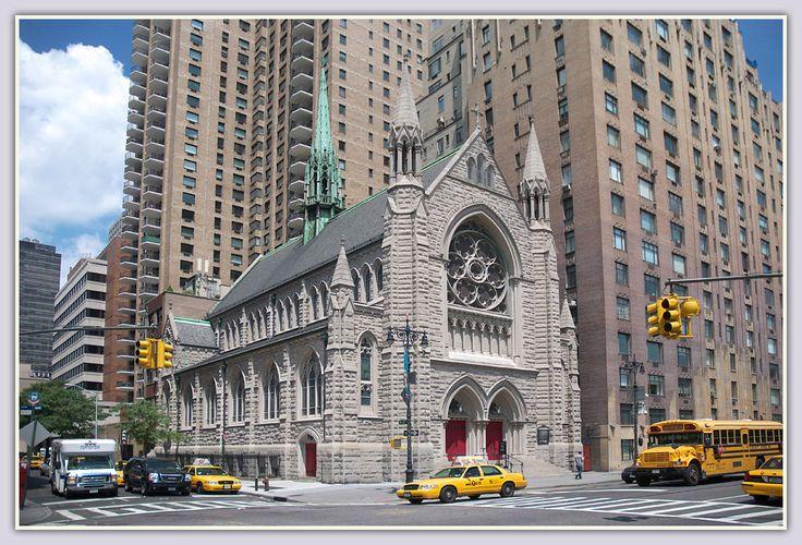 Die Kirche war jahrhundertelang das höchste Bauwerk der (christlichen) Welt - und heute: Eine neue Ära hat begonnen, wie im Bild klar zu erkennen.