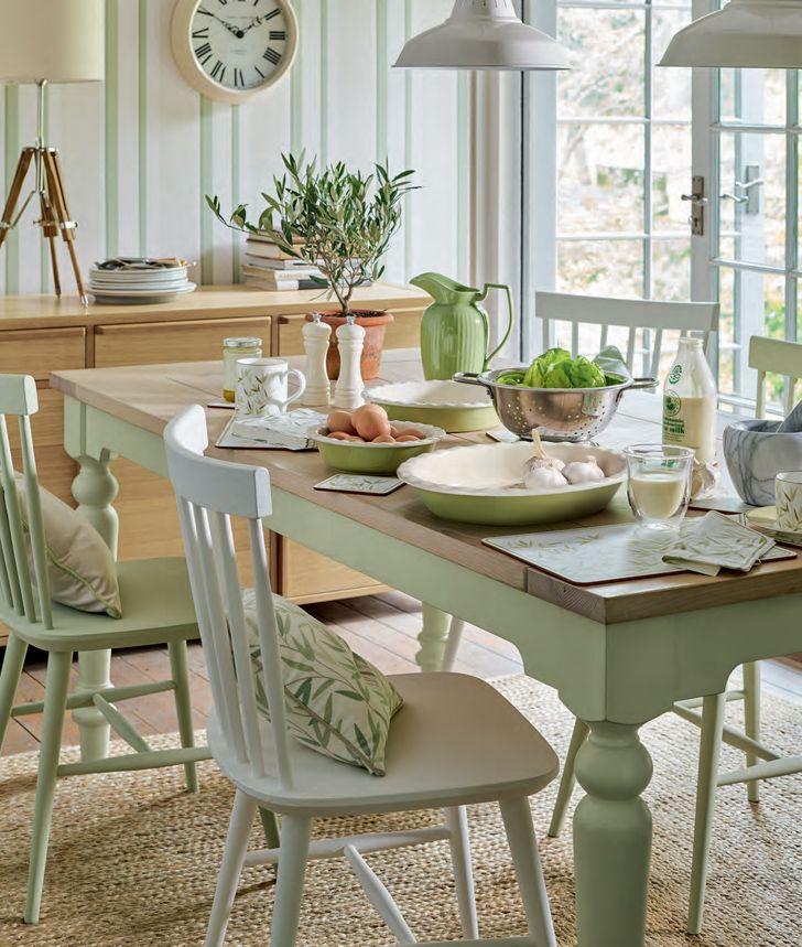 Jurnal de design interior: Amenajare rustică în verde natural