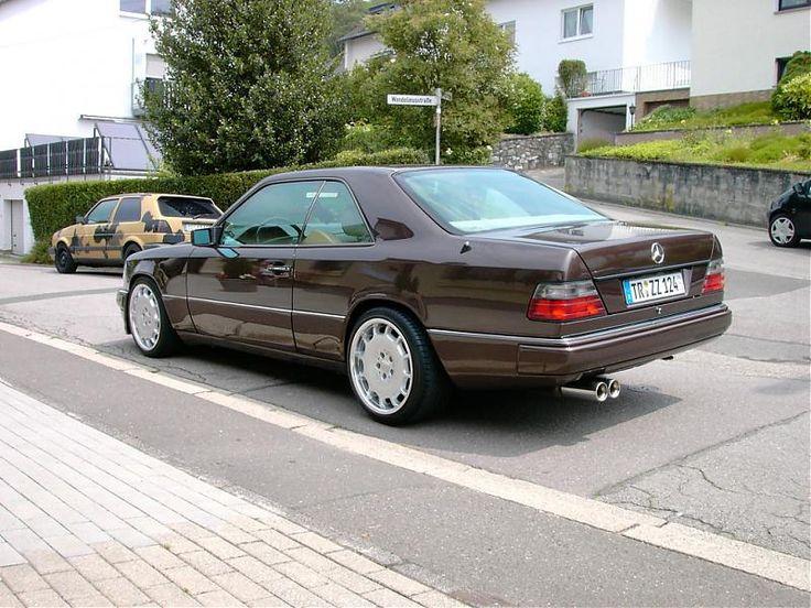 Mercedes_220CE_w124_coupe_c124_2.jpg (800×600)