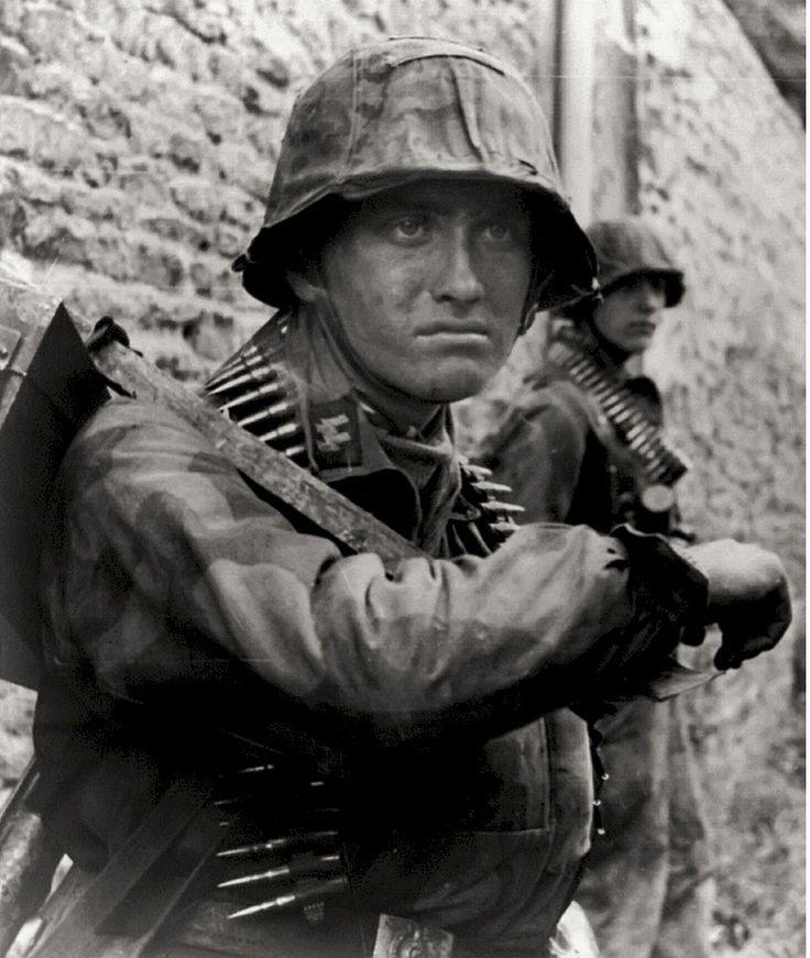 немцы фото картинки которые носят контактные
