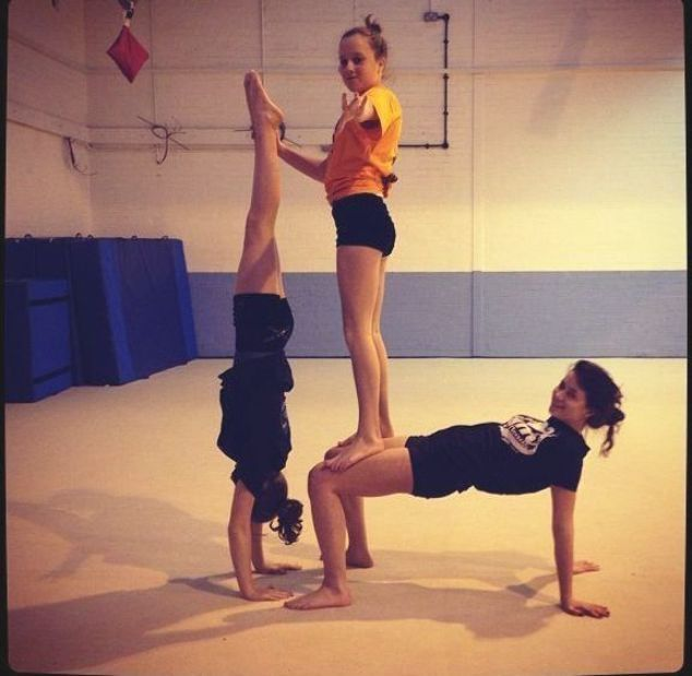 Yoga Acro Couples Beginner Poses Girls Inspiration 3 Person Yoga Poses Acro Yoga Poses Yoga Poses For Two