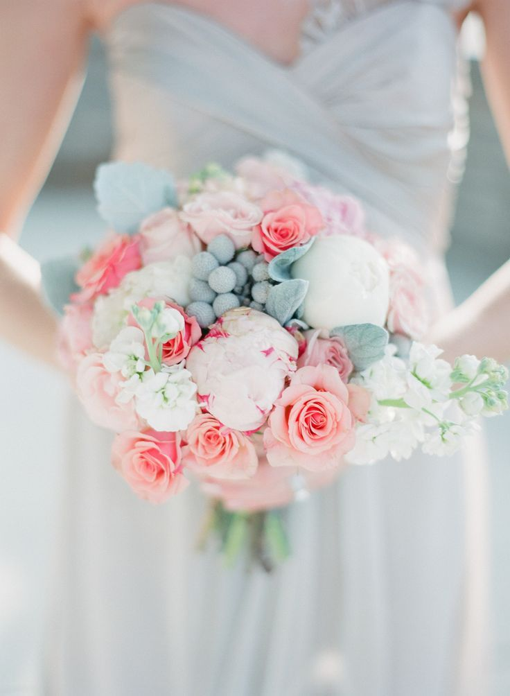 serenity and rose quartz wedding colors, gorgeous wedding bouquet http://itgirlweddings.com/pantones-wedding-colors-of-2016-rose-quartz-serenity/