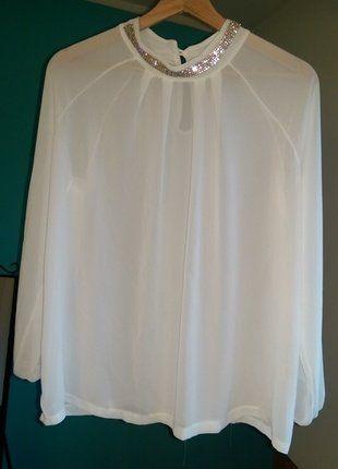 Kup mój przedmiot na #vintedpl http://www.vinted.pl/damska-odziez/bluzki-z-dlugimi-rekawami/17286795-bluzka-biala-luzna-przeswitujaca-elegancka