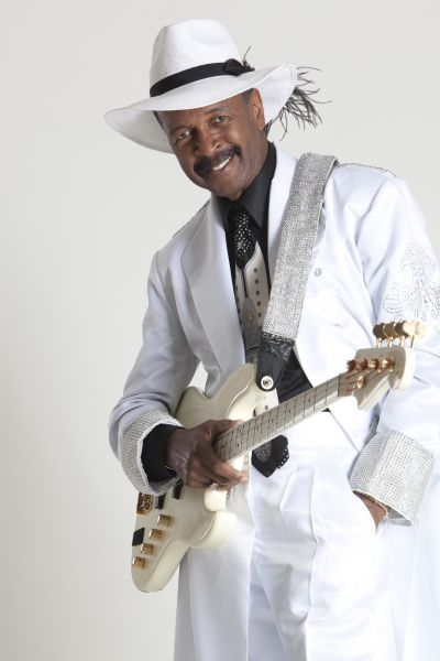 The great bass guitarist Larry Graham. He was formerly from Sly & the Family Stone.