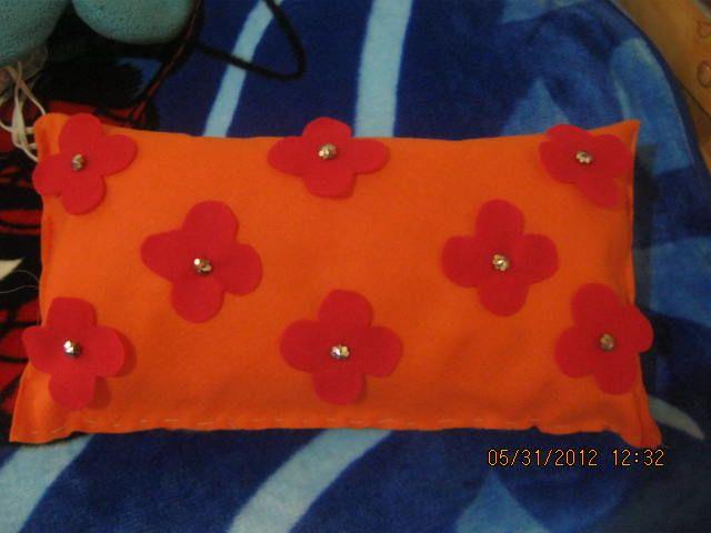 almohada en fieltro/paño lency