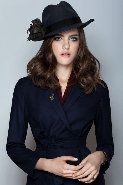 Sorrel Wool Hat & Leather Flower Pin