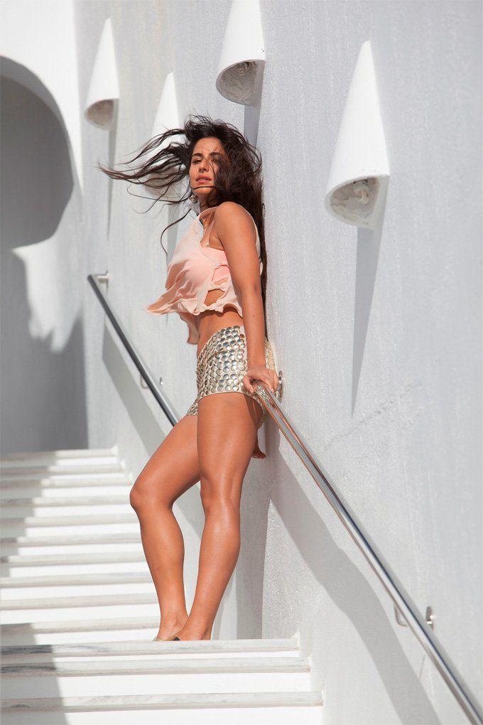 Katrina Kaif love Te shorts