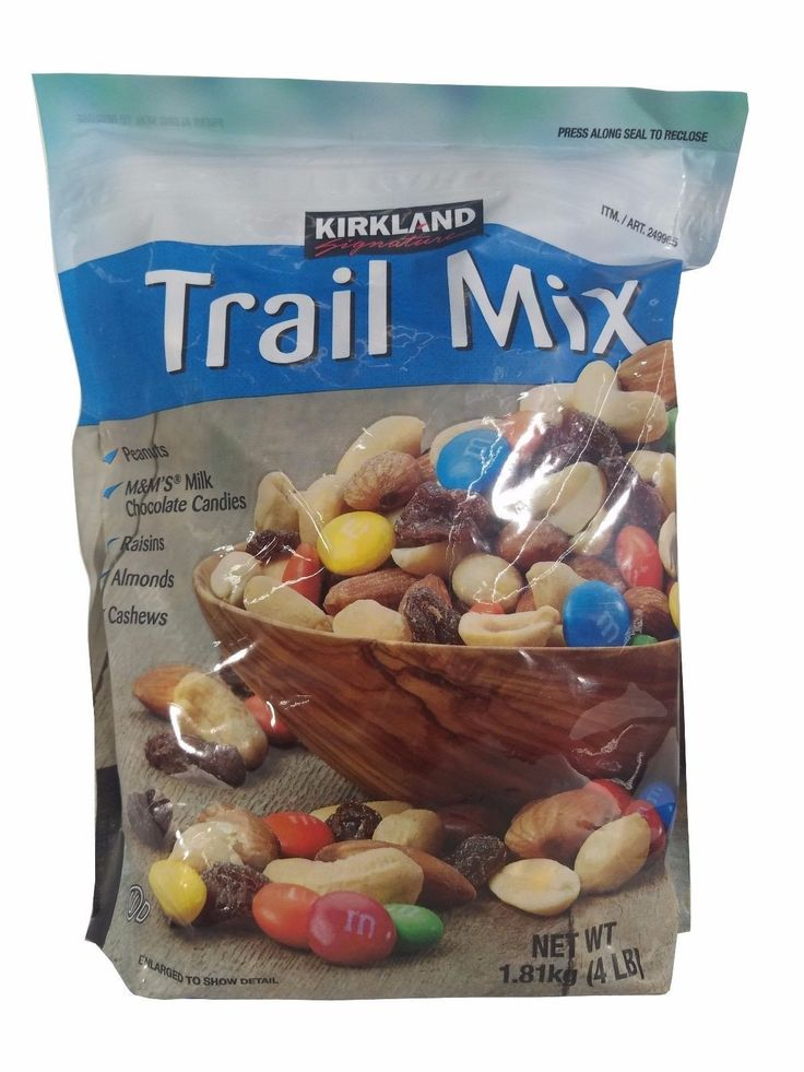 Kirkland Trail Mix Peanuts, M&M's Milk Chocolate, Raisins, Almonds, Cashews 4LB