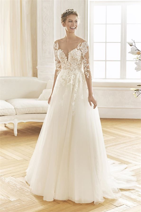 Bosque Wedding Dress From La Sposa Hitched Co Uk Wedding