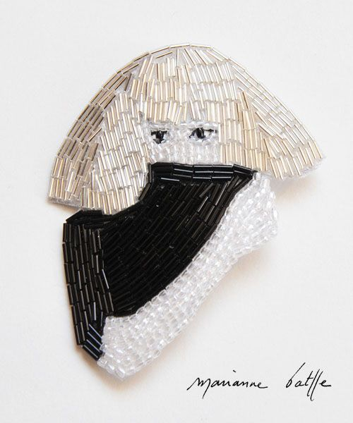 LADY GAGA -  brooch by French bead-embroiderer Marianne Batlle