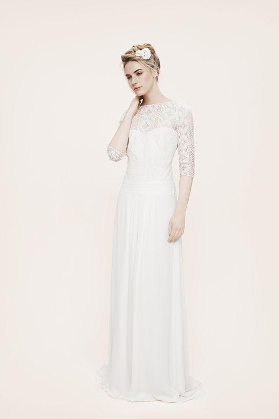Robe de mariée Laure de Sagazan http://www.vogue.fr/mariage/adresses/diaporama/les-robes-de-mariee-de-l-espace-maria-luisa-mariage-au-printemps/20561/image/1096866#!robe-de-mariee-laure-de-sagazan