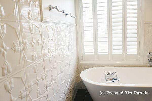 PressedTinPanels_Tulip_900x1800_ShojiWhite_Bathroom_ShowerRecess_InternalCorner_Thumbnail
