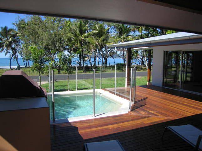Banfields Retreat..., a Mission Beach Beachfront house | Stayz