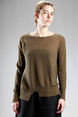 Ma'ry'ya | soft and asymmetric sweater in light cotton and linen stockinette stitch | #maryya