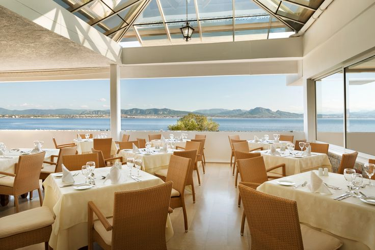 Have you ever dined at the Amphitirion Restaurant of Ramada Loutraki Poseidon Resort? If not, you must certainly visit it and enjoy delicious meals next to the magnificent view provided!