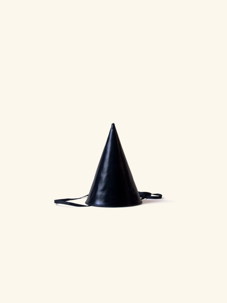 // Otaat leather party hat
