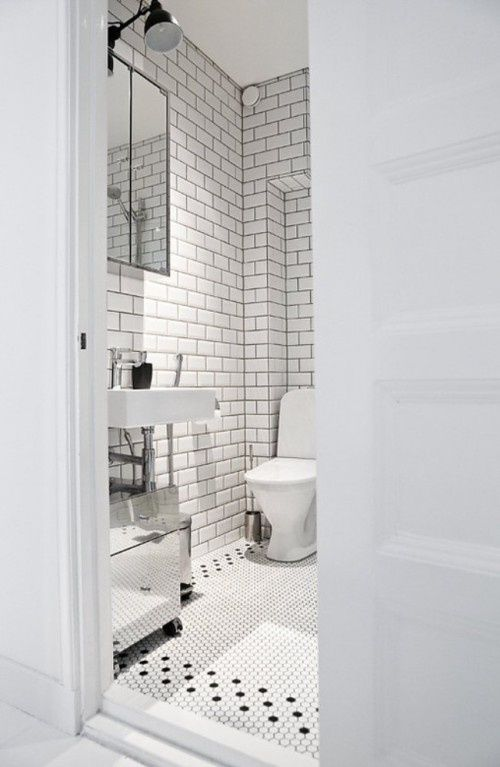 Subway tile, grey grout, penny round floor tile
