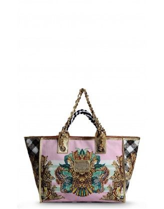 #justcavalli #handbag #women #bag BRAND: Just Cavalli COLLECTION: 2014 SIZE: (W) 36cm, (H) 35cm, (D) 15cm COLOUR: Multicolour Pattern MATERIAL: Canvas, Printed Leather, Polyester DETAILS: Zip closure, Internal zip pocket, Double Handle, Logo Detail http://houseoffashion.gr/index.php?route=product/product&path=33_70&product_id=52