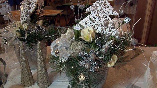 ZO Samotišky Nejkrásnější svátky roku se kvapem blíží a vánoční atmosféra se začíná zabydlovat i v našich domovech. Na řadě míst jsou proto k vidění vánoční výstavy a výjimkou nejsou ani Samotišky u Olomouce. V pátek tam začala v Obecním klubu výstava s názvem Vánoč...