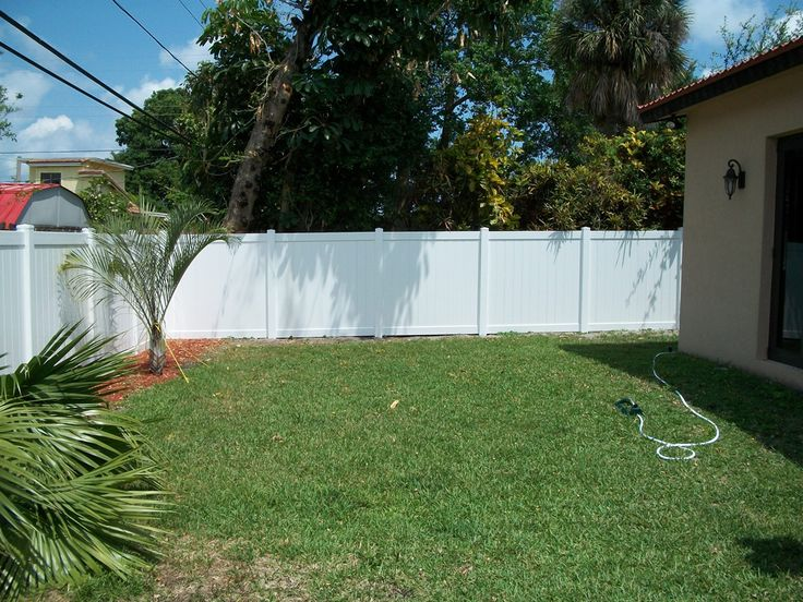 Outdoor Courtyard Pvc Fence,Eco yard PVC Fence For Sale