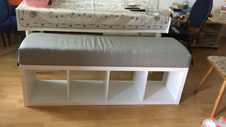 wir haben unser ikea kallax regal zu einer gepolsterten sitzbank umgebaut esszimmer ikea. Black Bedroom Furniture Sets. Home Design Ideas