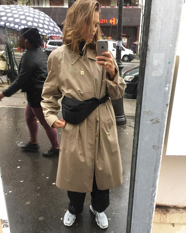 "7,184 Likes, 28 Comments - veneda budny (@venedaanastasia) on Instagram: ""☂️"""
