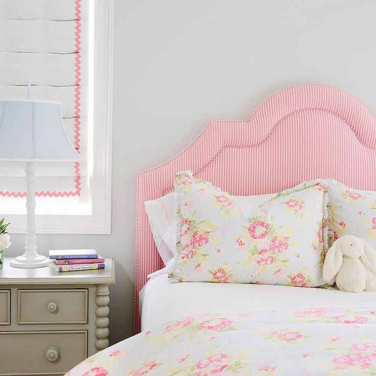 25 Best Ideas About Gray Girls Bedrooms On Pinterest Grey Teen Bedrooms Grey Girls Rooms And Teen Girl Rooms