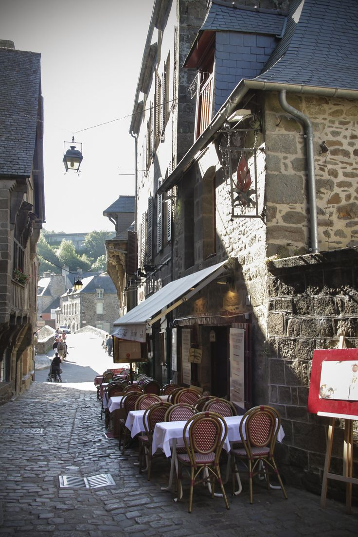 Cafe/restaurant on d street in Dinan town, Brittany_ France