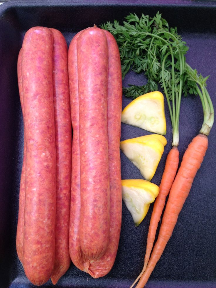 GLUTEN FREE MOUNTAIN PEPPERLEAF & BUSH TOMATO SAUSAGES - Gourmet beef sausages. Great flavour! #adamsfamilymeats #glutenfree #mountainpepperleafbushtomatosausages #beefsausages #sausages