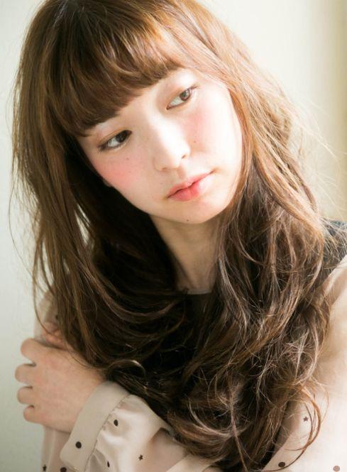 女子力高めの定番ふわふわ巻き髪♡ 女子会にしていきたいヘアスタイルのまとめ。髪型・アレンジ・カットの参考にどうぞ☆