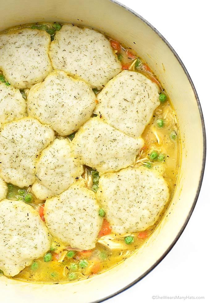 Easy Chicken and Dumplings Recipe | http://shewearsmanyhats.com/easy-chicken-and-dumplings-recipe/